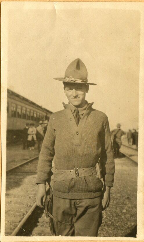 Raymond Shoemaker on the way to Mexico, 1914.